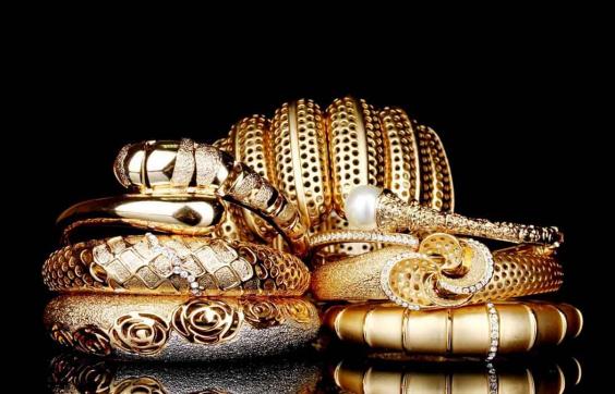 Как долго носится медицинское золото: обзор от Bijusvit