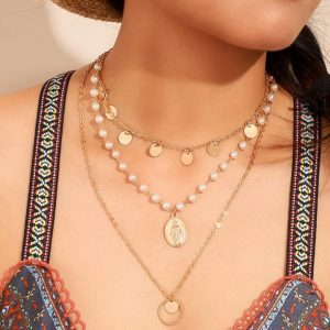 многослойные украшения на шею